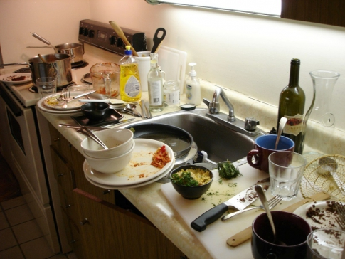Unwashed dishes