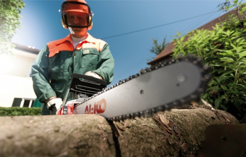Log sawing
