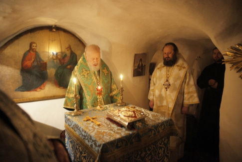 Metropolitan Vladimir (Sabodan) in the caves