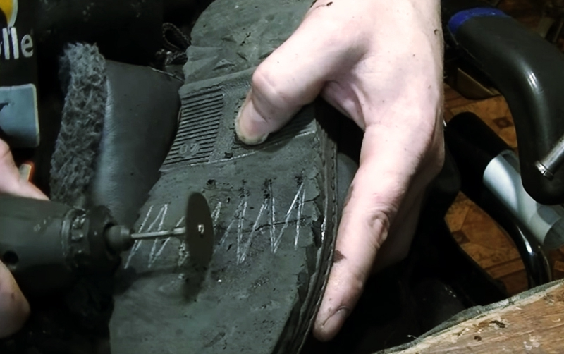 Cuts on the sole