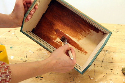 Painting the inside of the box