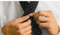 How to tie a tie with a freestyle knot