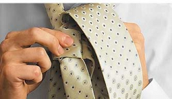How to tie a tie knot Moskoni-3