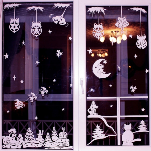 Festive window decoration