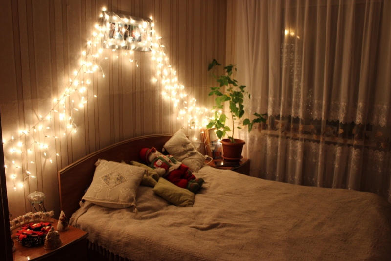 Bed with garland