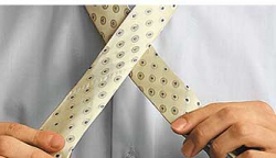 How to tie a tie knot Moskoni