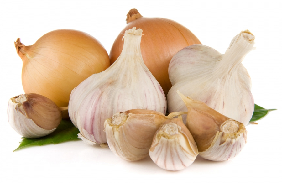 Heads of garlic and onions