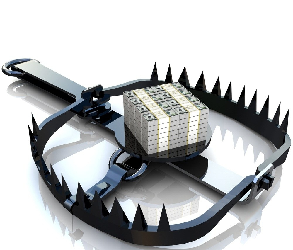 Bear trap with money
