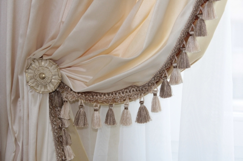 Curtains with lambrequins