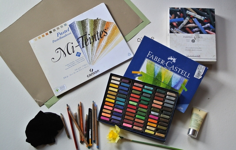 Pastels and tools