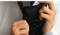 How to tie a tie with a Freestyle 4 knot